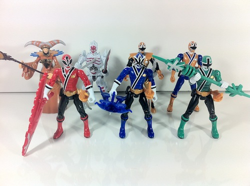 2012 wave 2 Power Rangers samurai Gold ranger with mega armor action figure