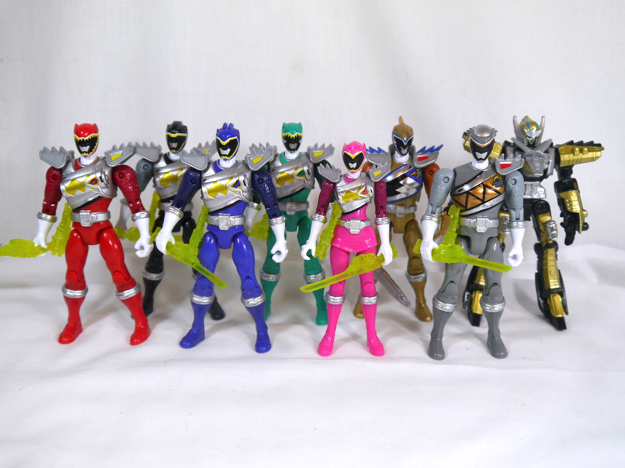 Review Power Rangers Dino Charge 5 Action Heroes Wave 5 Collectorshuki Com